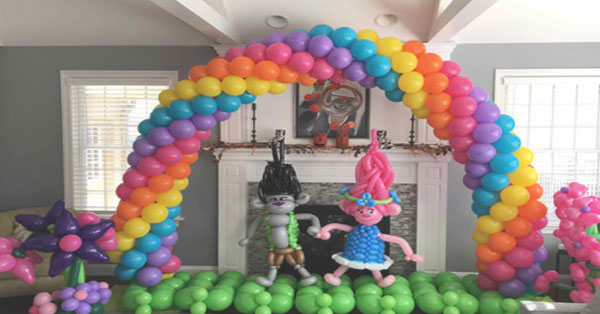 Party-Balloon-Modelling-Business